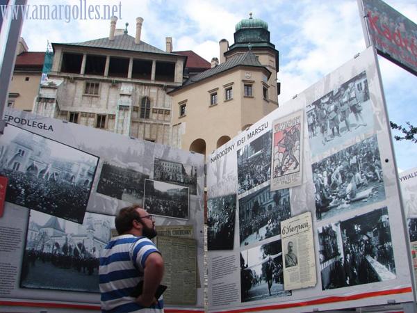 Exposición temporal sobre la Legión Polaca, en su centenario, a los pies de Wawel
